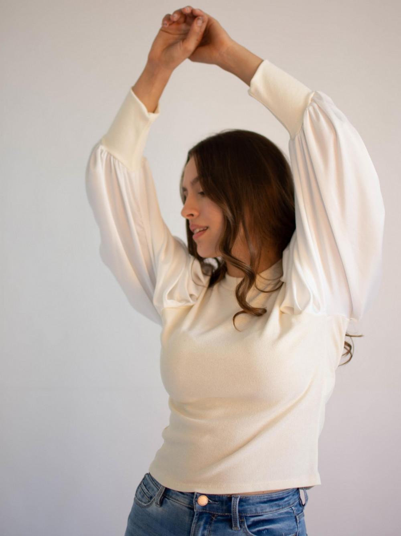 Bluzka damska elegancka z bufiastymi rękawami Joanna 4