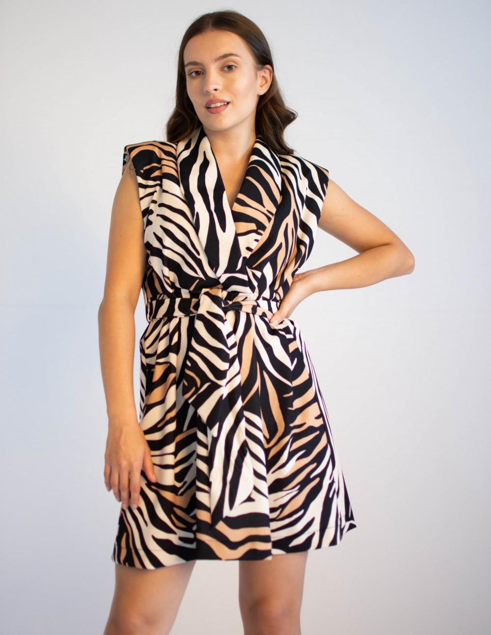Elegancka sukienka z przekładanym dekoltem Eve 4