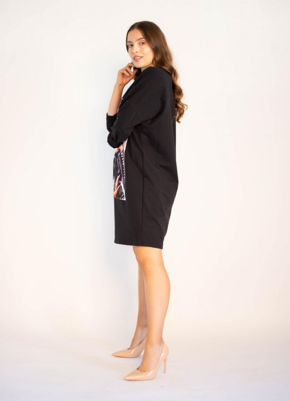 Sukienka dresowa z modnym nadrukiem Sophie 2