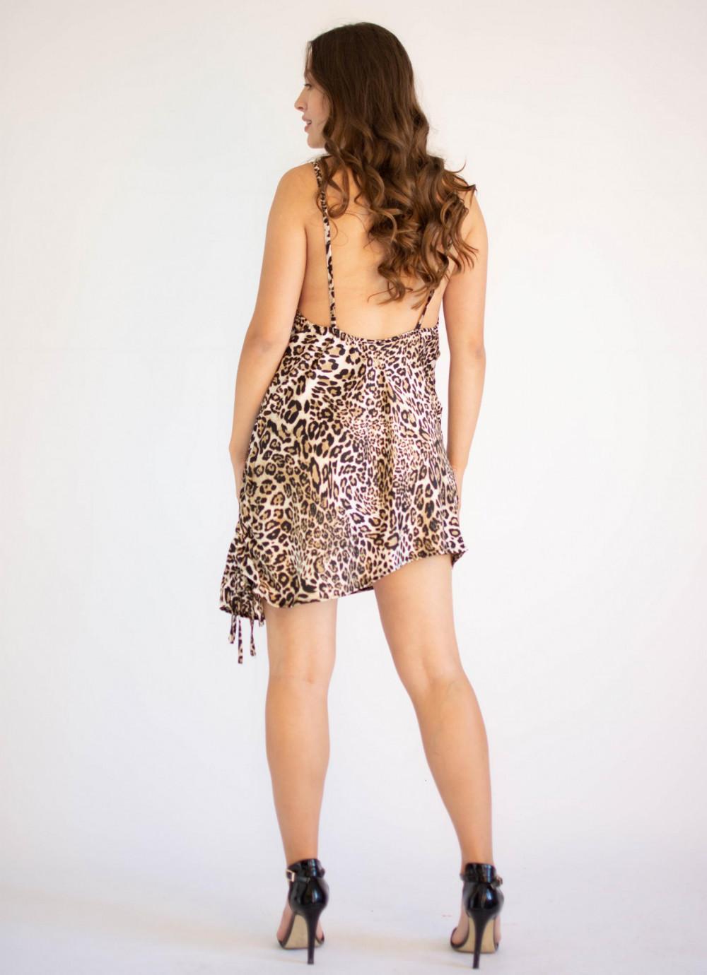 Sukienka seksowna na ramiączkach z wyciętymi plecami Adrienne 1
