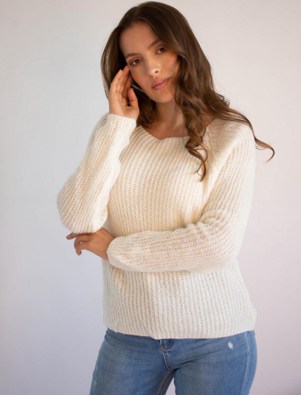 Sweter damski klasyczny Joan 3