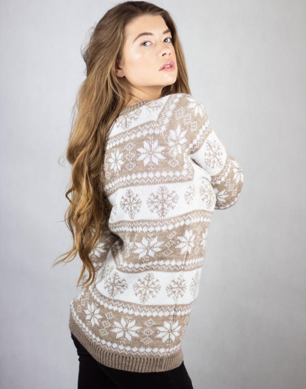 Świąteczny beżowy sweter Snowfall 3