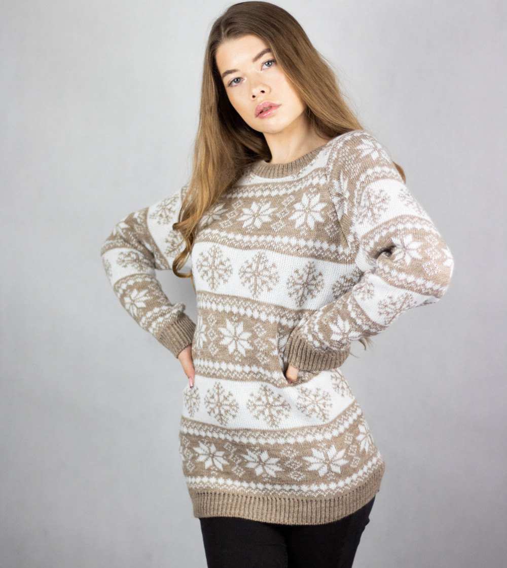Świąteczny beżowy sweter Snowfall 4