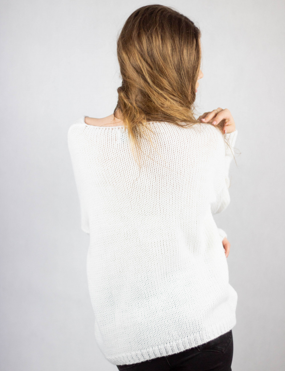 Biały sweter V-Neck Mona 2