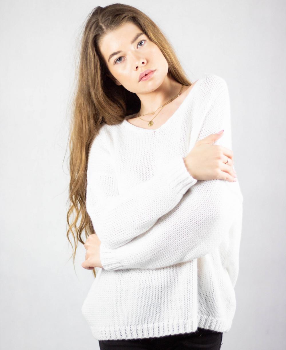 Biały sweter V-Neck Mona 4