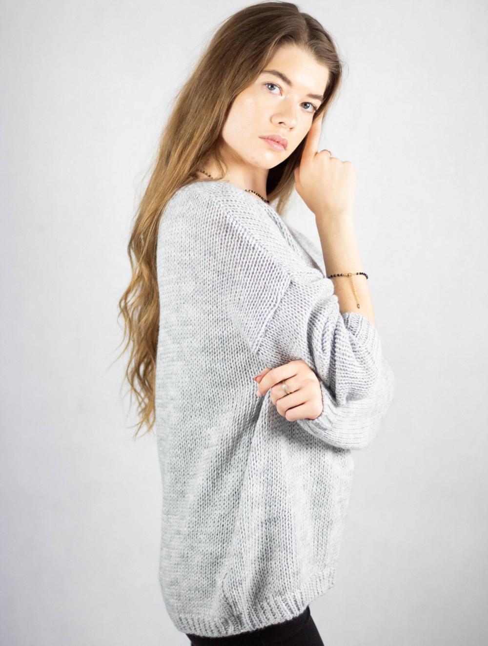 Szary sweter V-Neck Mona 2