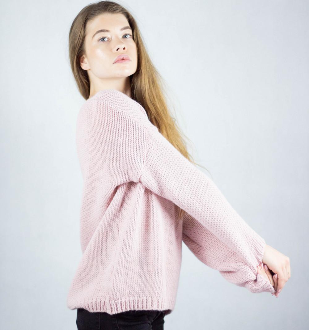 Różowy sweter V-Neck Mona 1