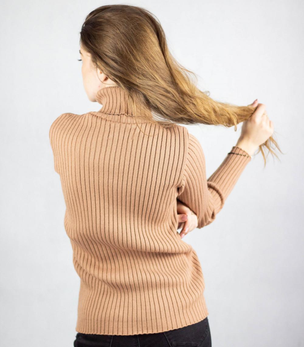 Brązowy sweter z golfem Selena 3