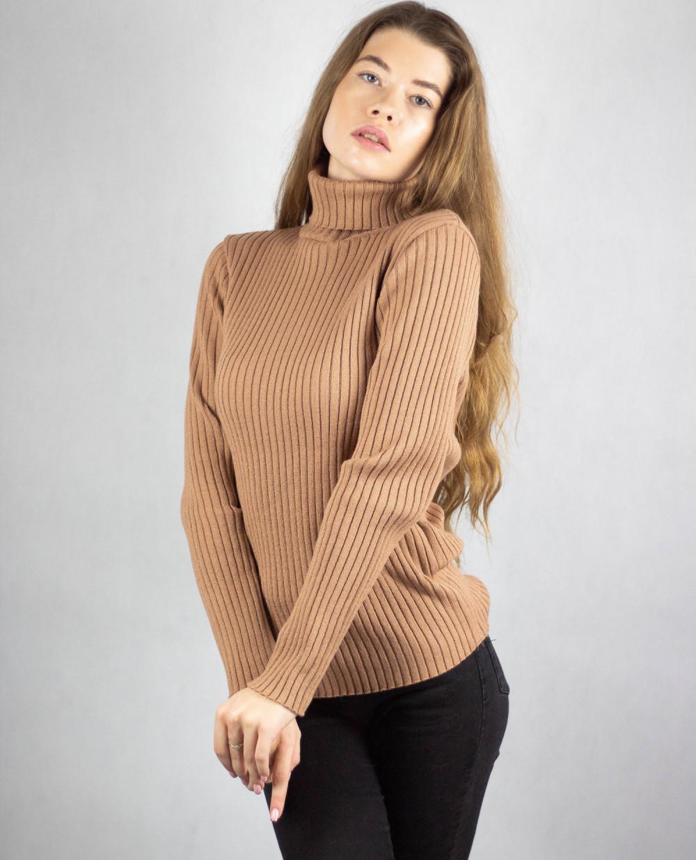 Brązowy sweter z golfem Selena 4