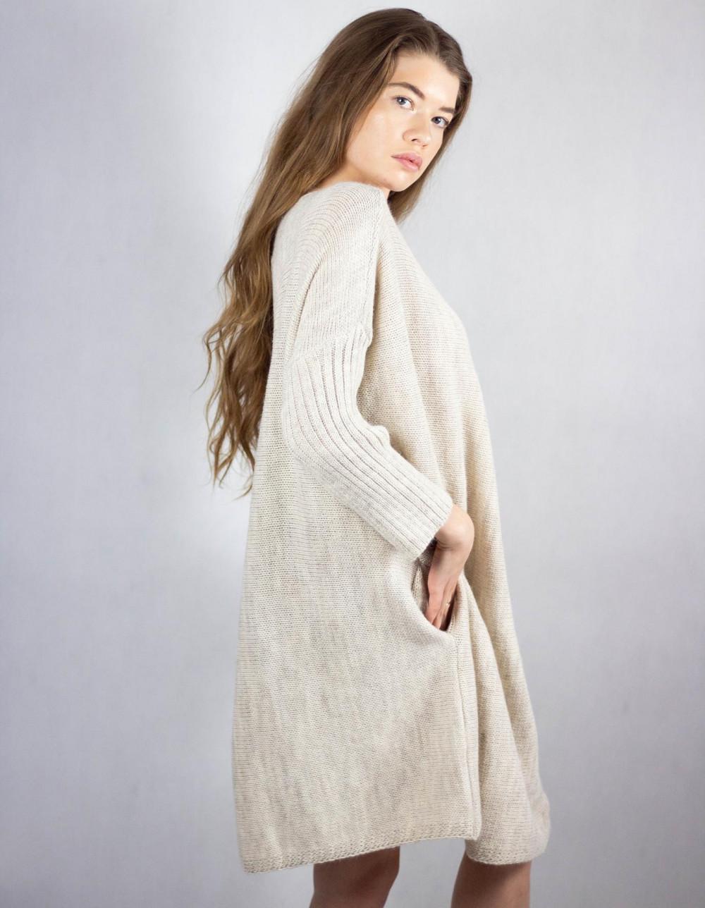 Beżowy sweter tunika Olivia 2