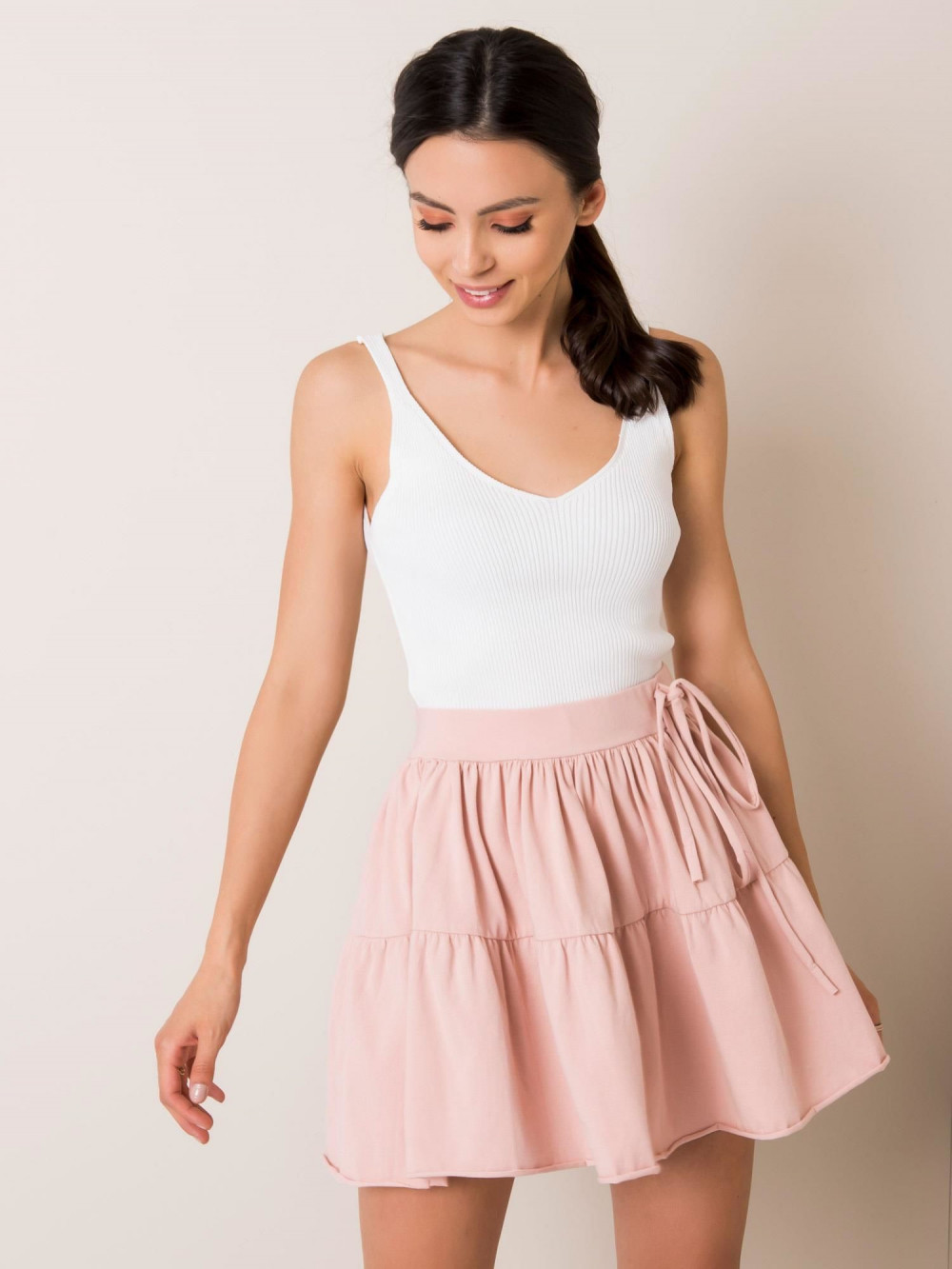 Różowa mini spódniczka rozkloszowana Sannois 2