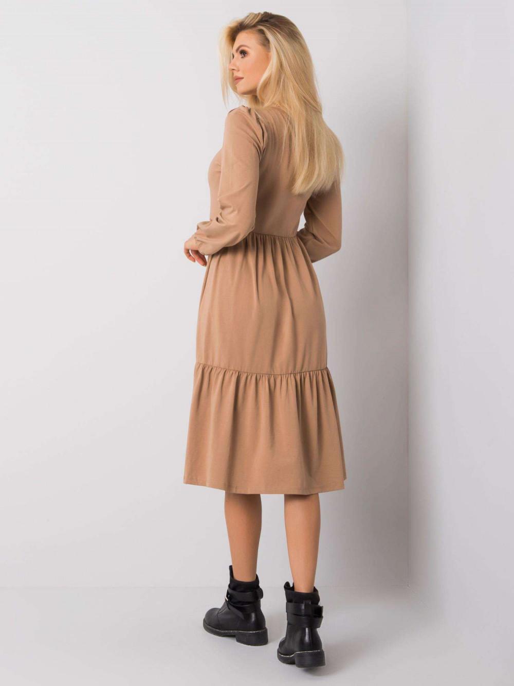 Karmelowa sukienka midi z falbankami Olivet 1