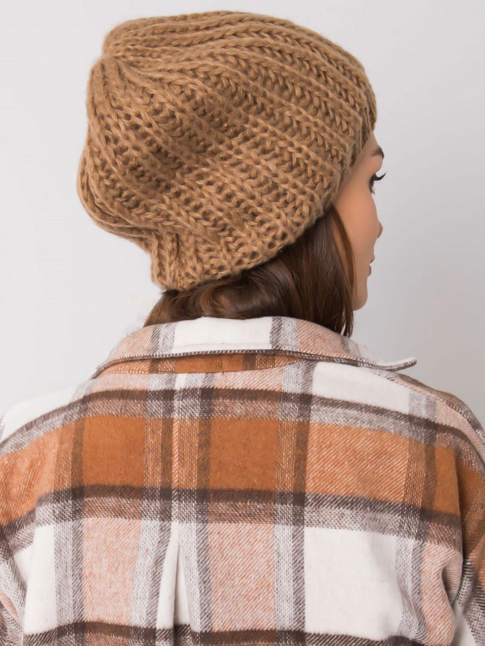 Brązowa czapka damska Nevers 2