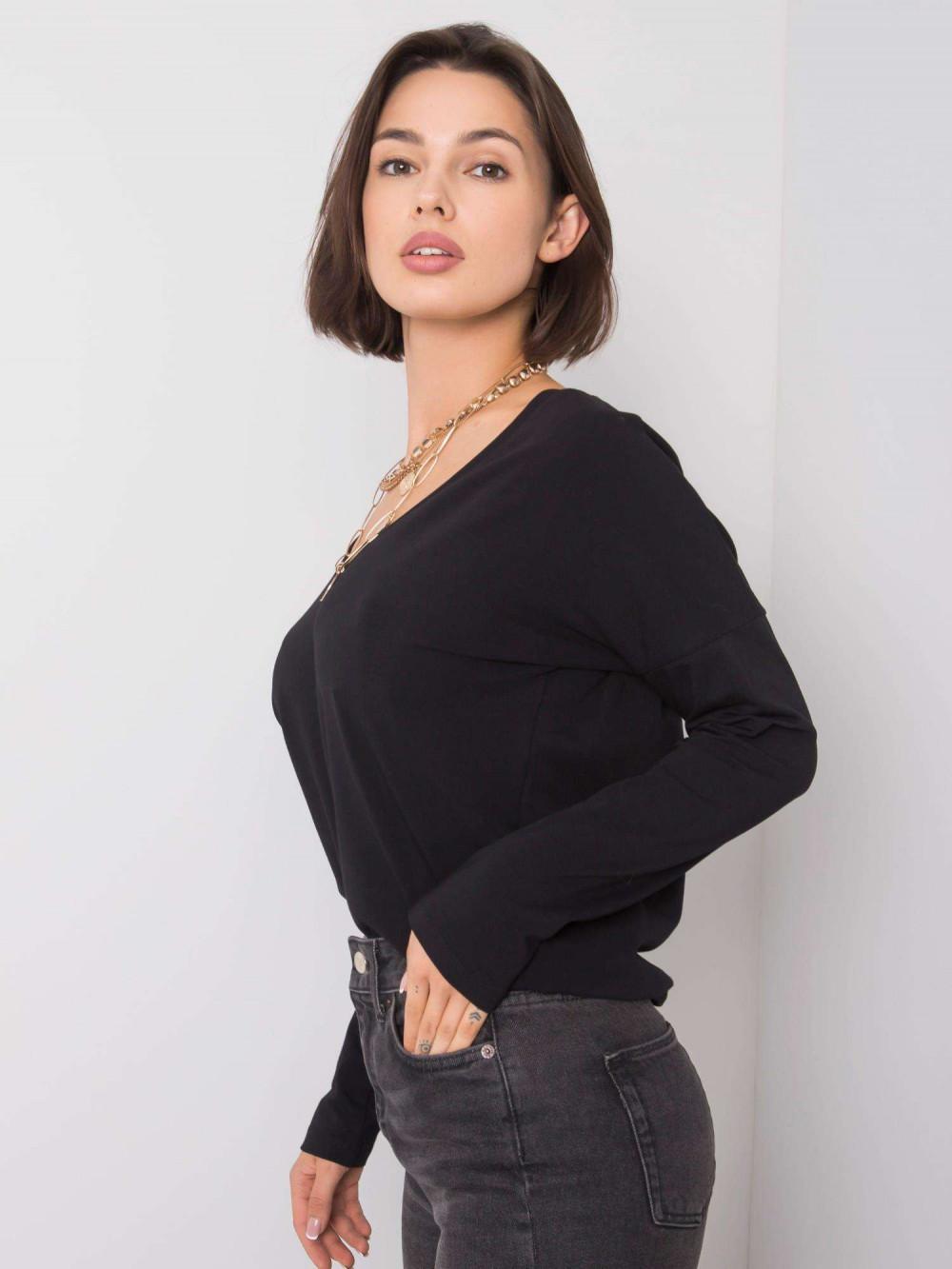 Czarna bluzka z wycięciem na plecach Venezia 2
