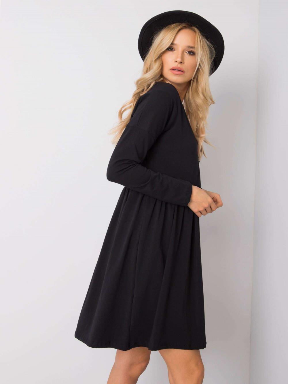 Czarna sukienka rozkloszowana Ferrara 1
