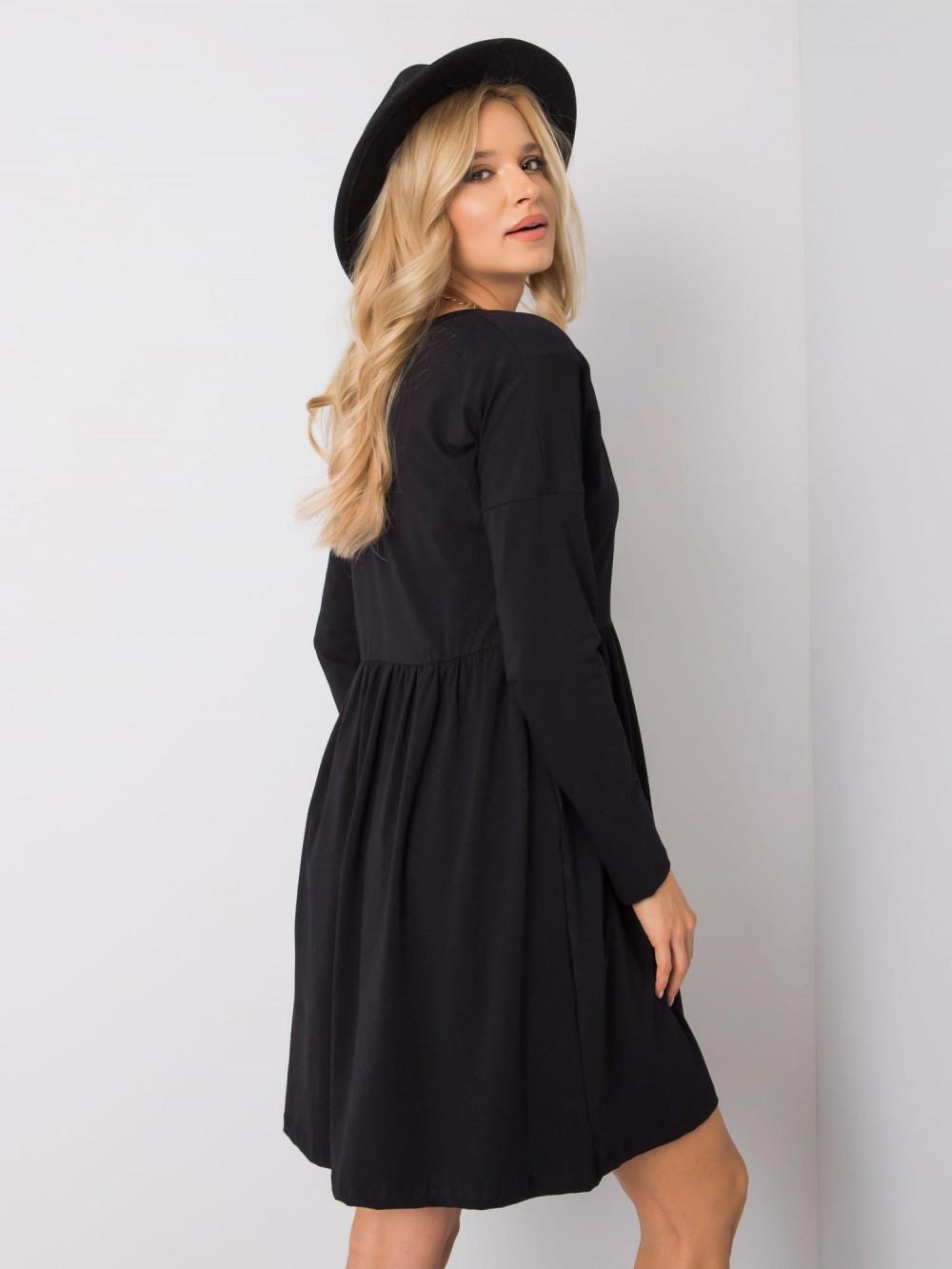Czarna sukienka rozkloszowana Ferrara 2