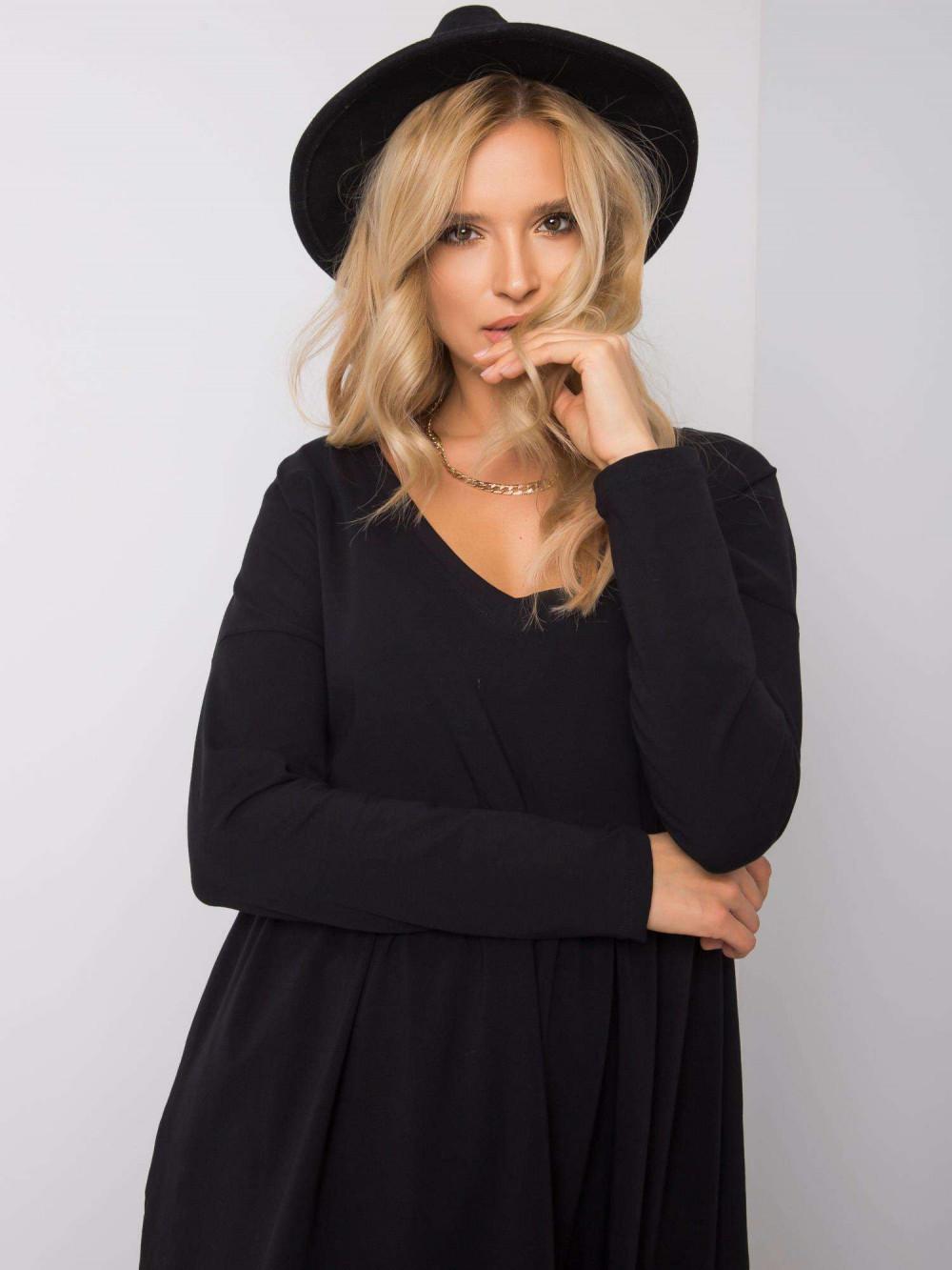 Czarna sukienka rozkloszowana Ferrara 3