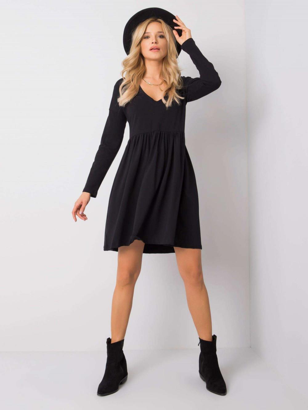 Czarna sukienka rozkloszowana Ferrara 4