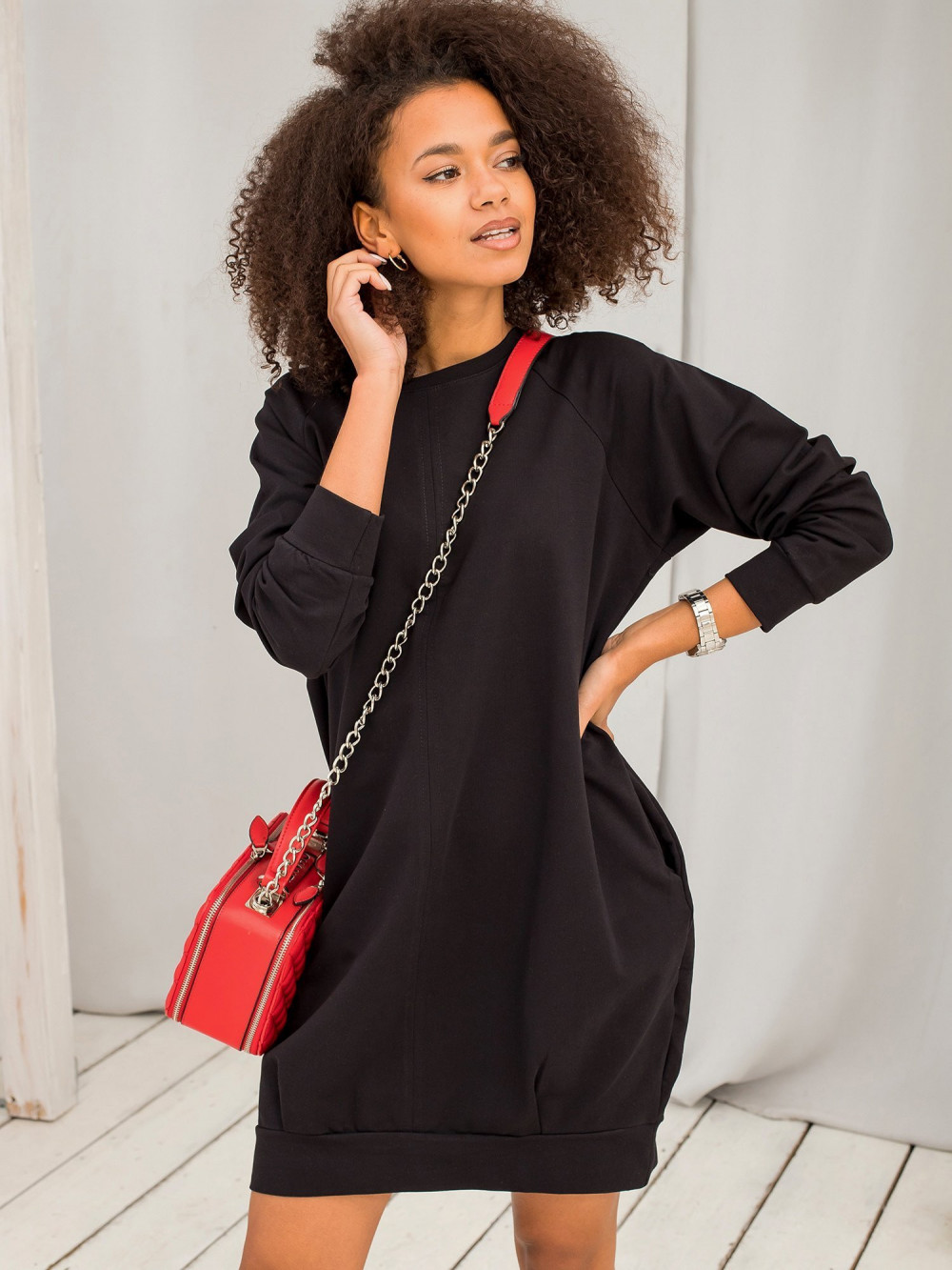 Czarna sukienka bluza Isernia 6