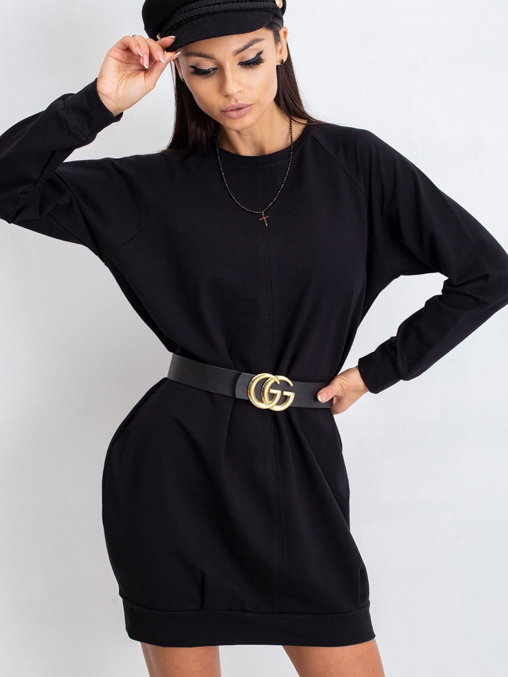 Czarna sukienka bluza Isernia 11