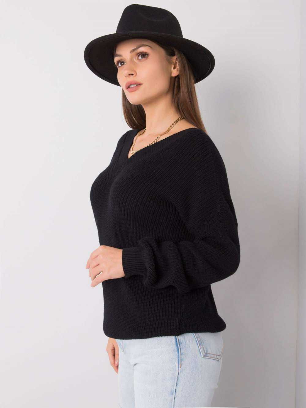 Czarny sweter V-Neck Uscio 2