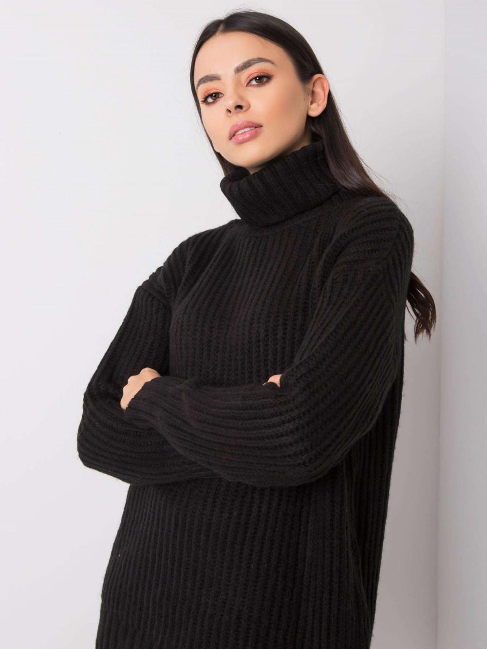Czarny duży sweter z golfem Tivoli 1