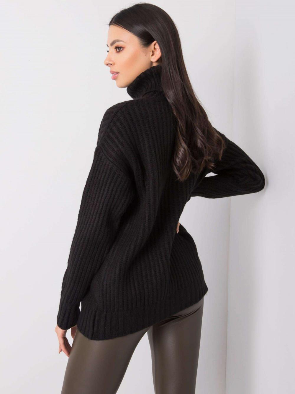 Czarny duży sweter z golfem Tivoli 4