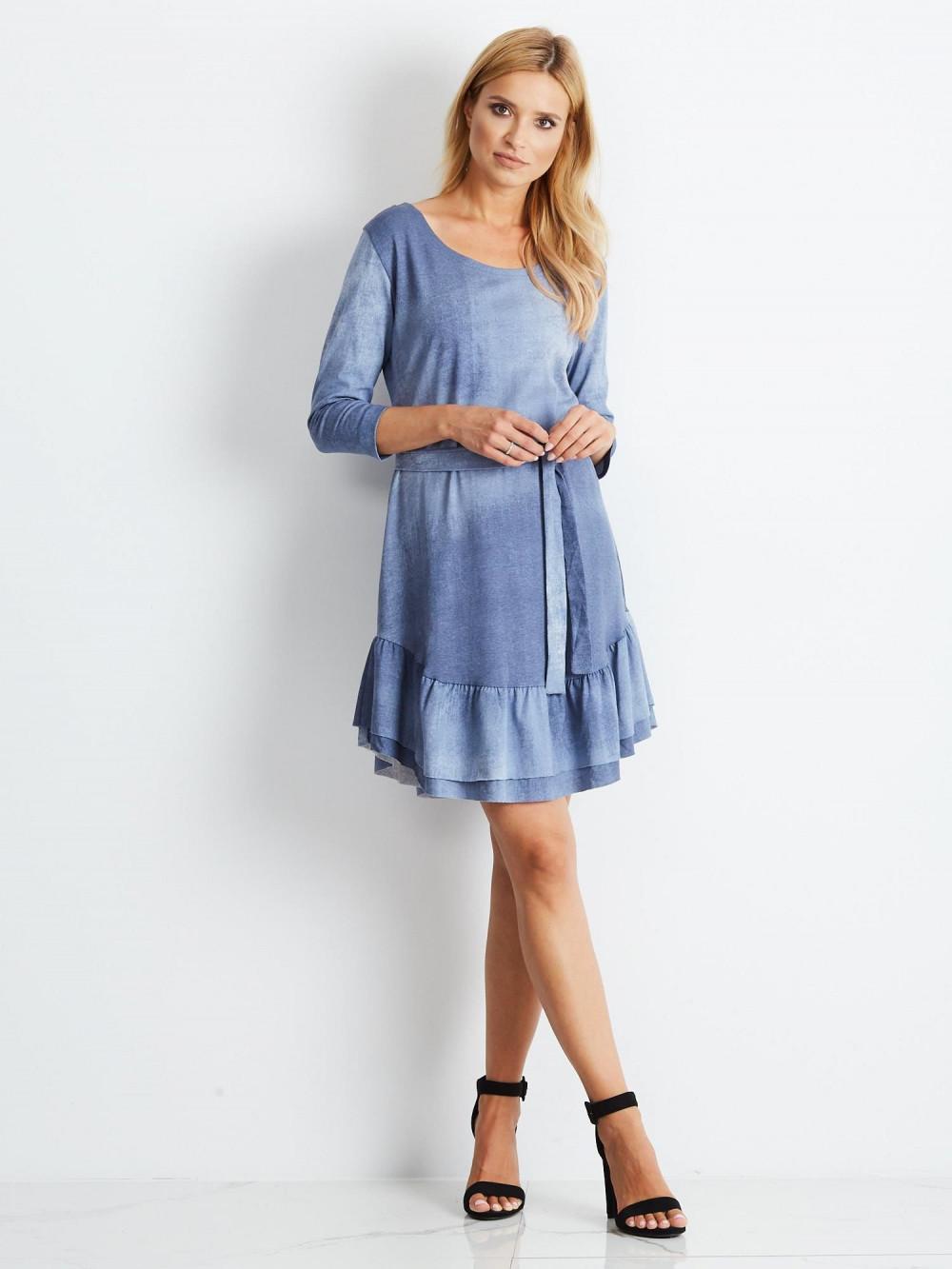 Niebieska sukienka rozkloszowana z falbanką Ermont 3