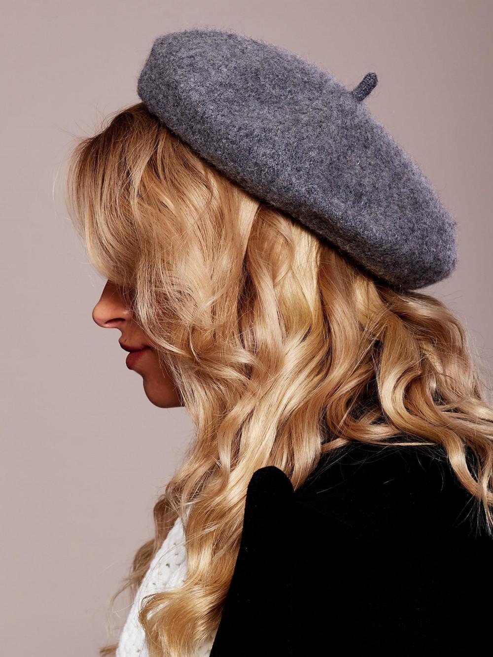 Szary wełniany beret Paris 2