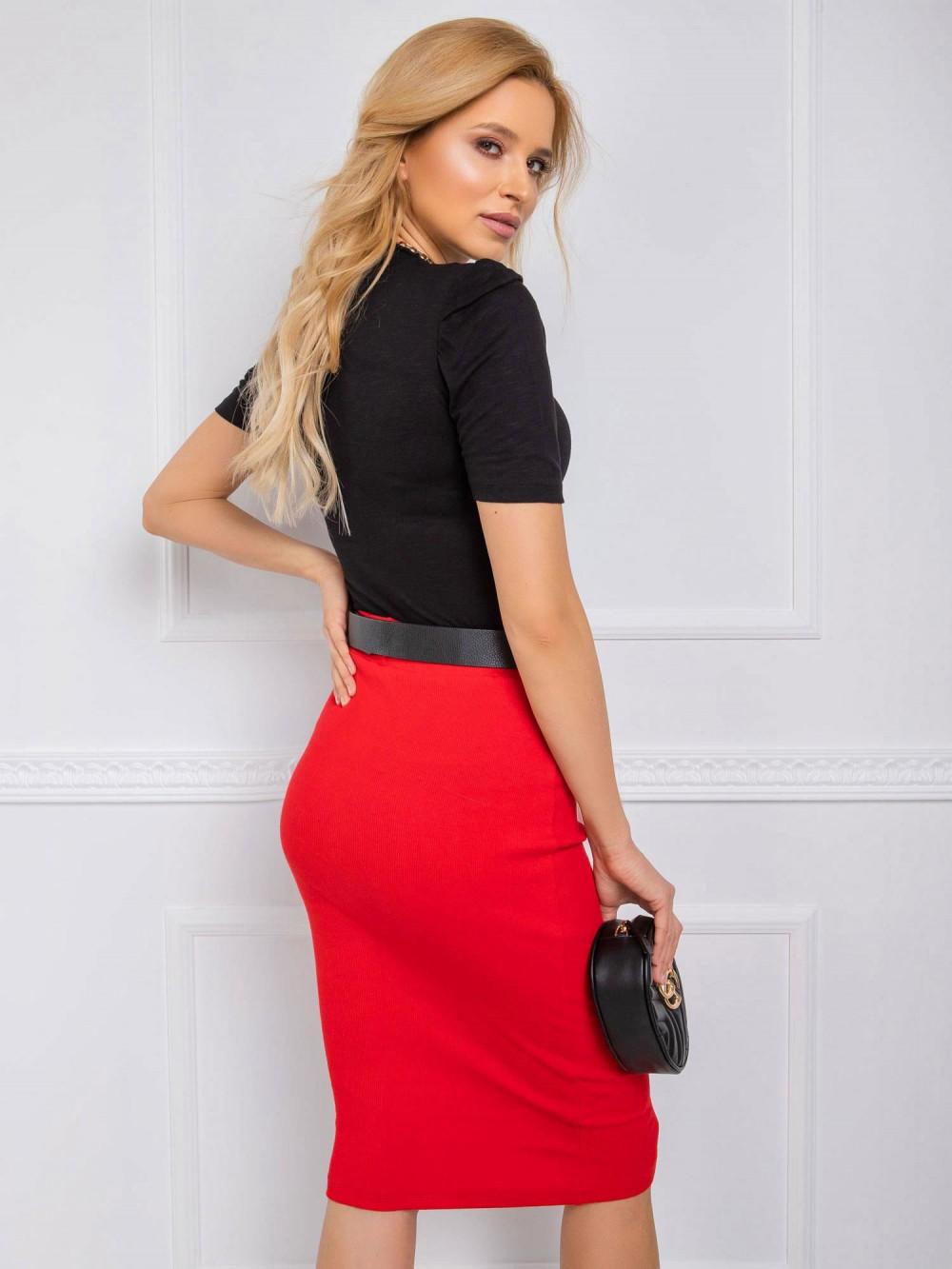 Czerwona ołówkowa spódnica midi Chara 3
