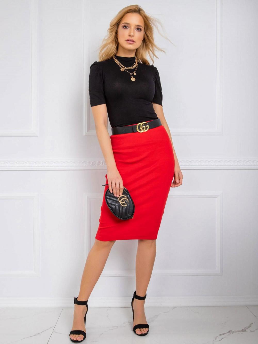 Czerwona ołówkowa spódnica midi Chara 2