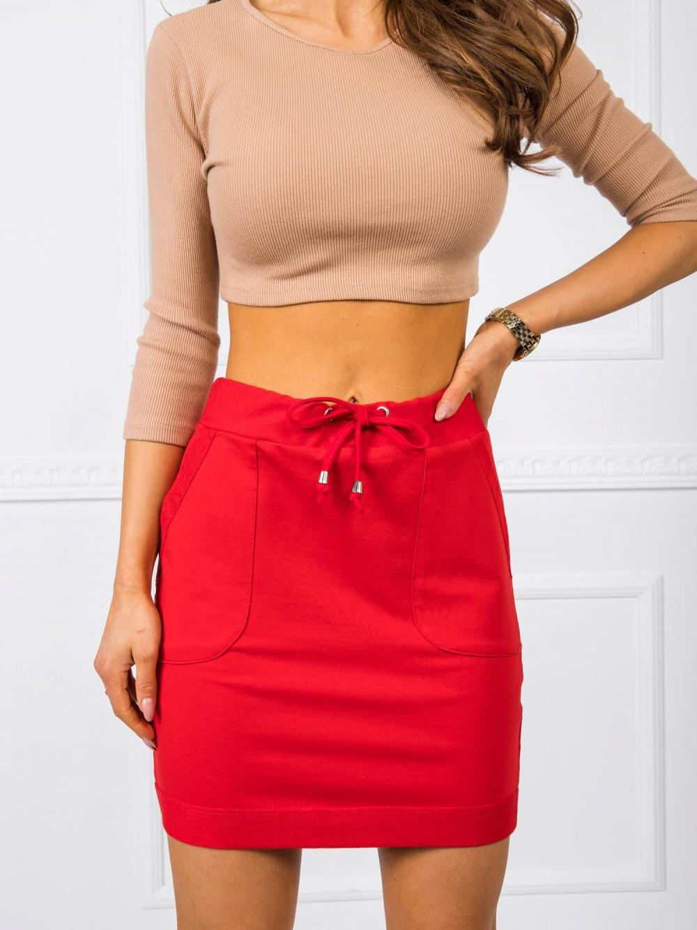 Czerwona dresowa spódniczka z kieszeniami Dahlia 2