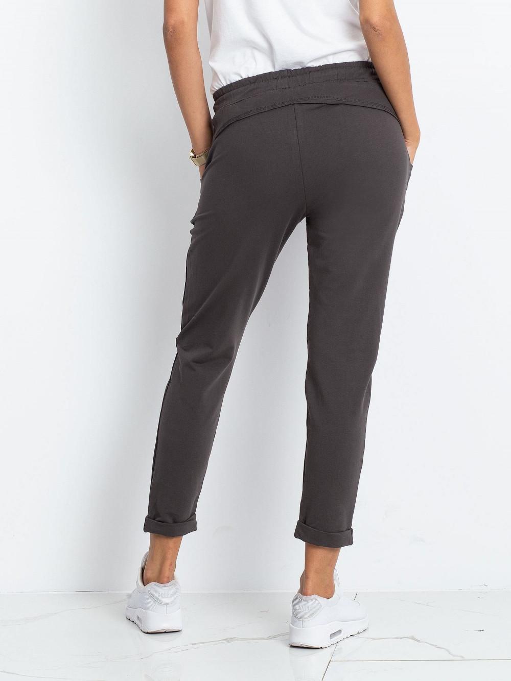 Khaki spodnie dresowe z kieszeniami Viole 4
