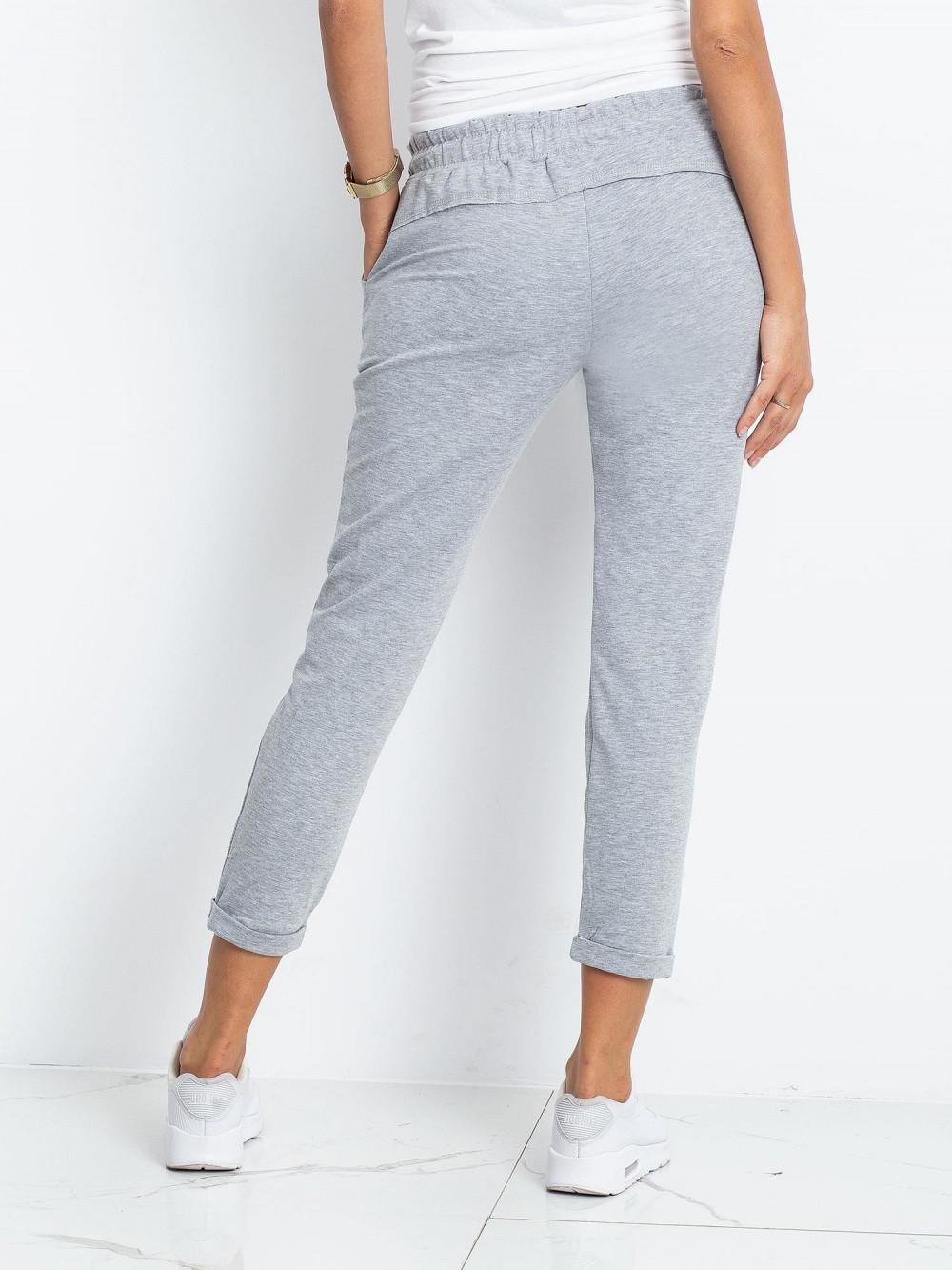 Jasnoszare spodnie dresowe z kieszeniami Viole 4