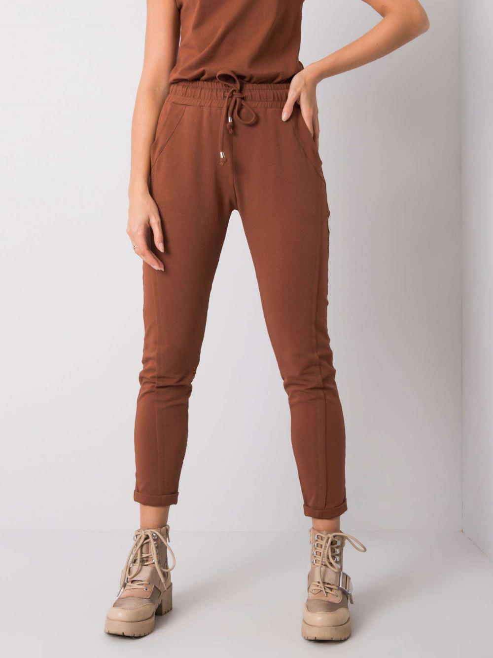 Brązowe spodnie dresowe z kieszeniami Viole 2