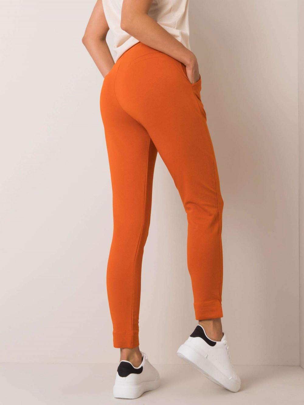 Pomarańczowe dresowe spodnie slim fit Clara 3