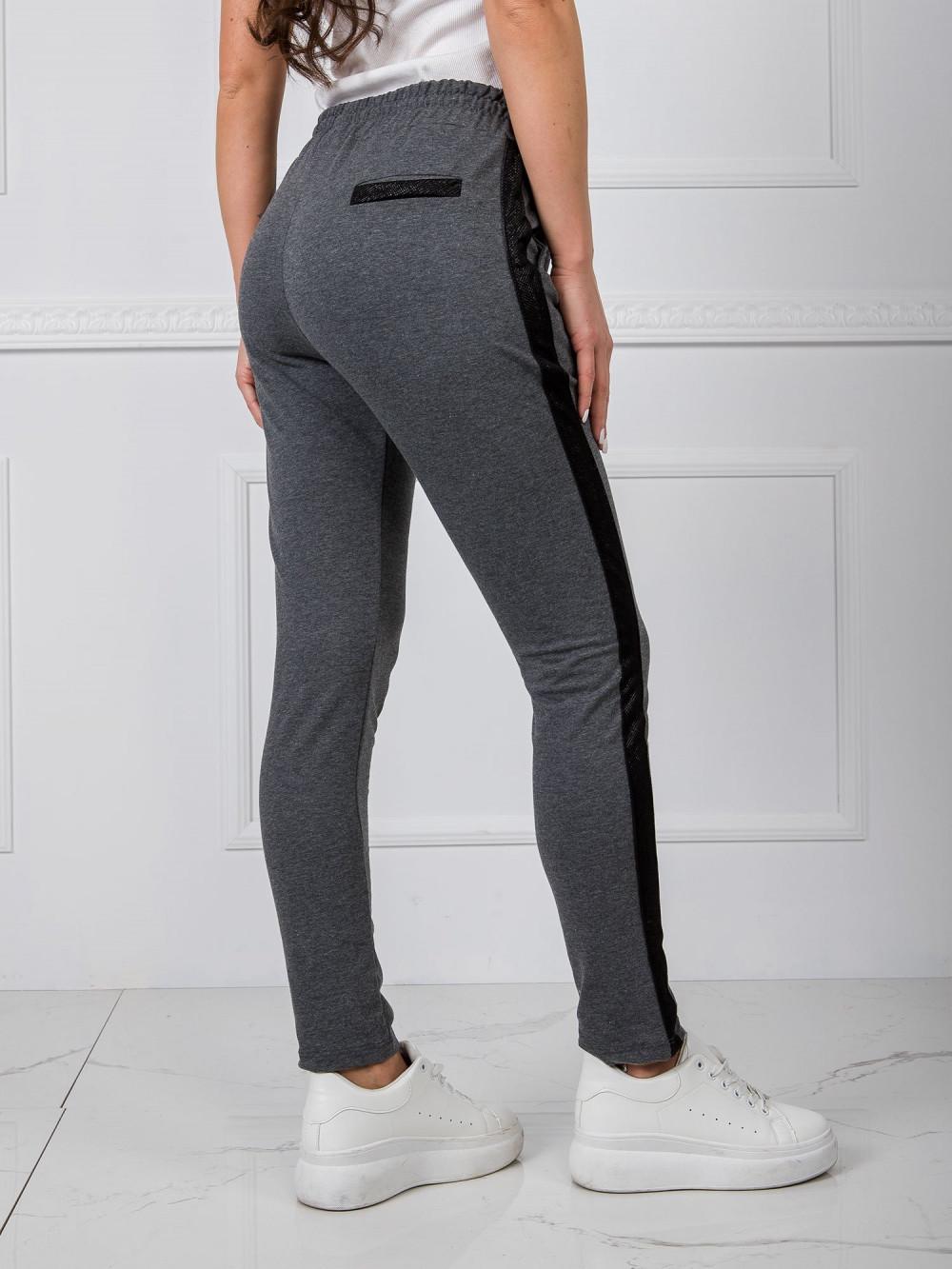 Ciemnoszare dresowe spodnie z lampasami Nikki 3