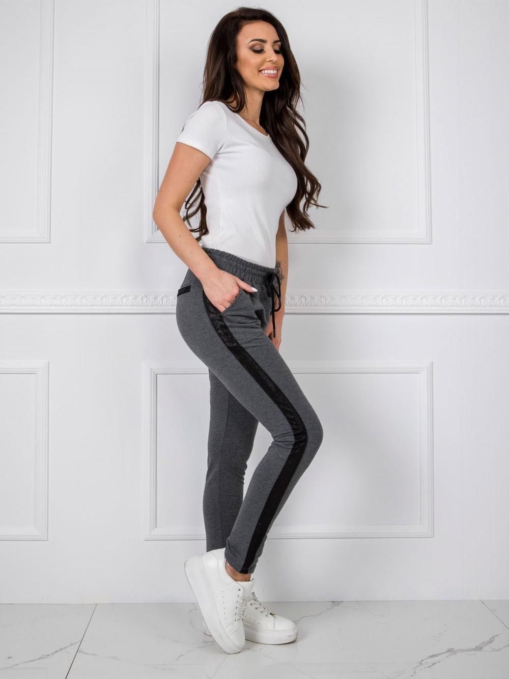 Ciemnoszare dresowe spodnie z lampasami Nikki 1