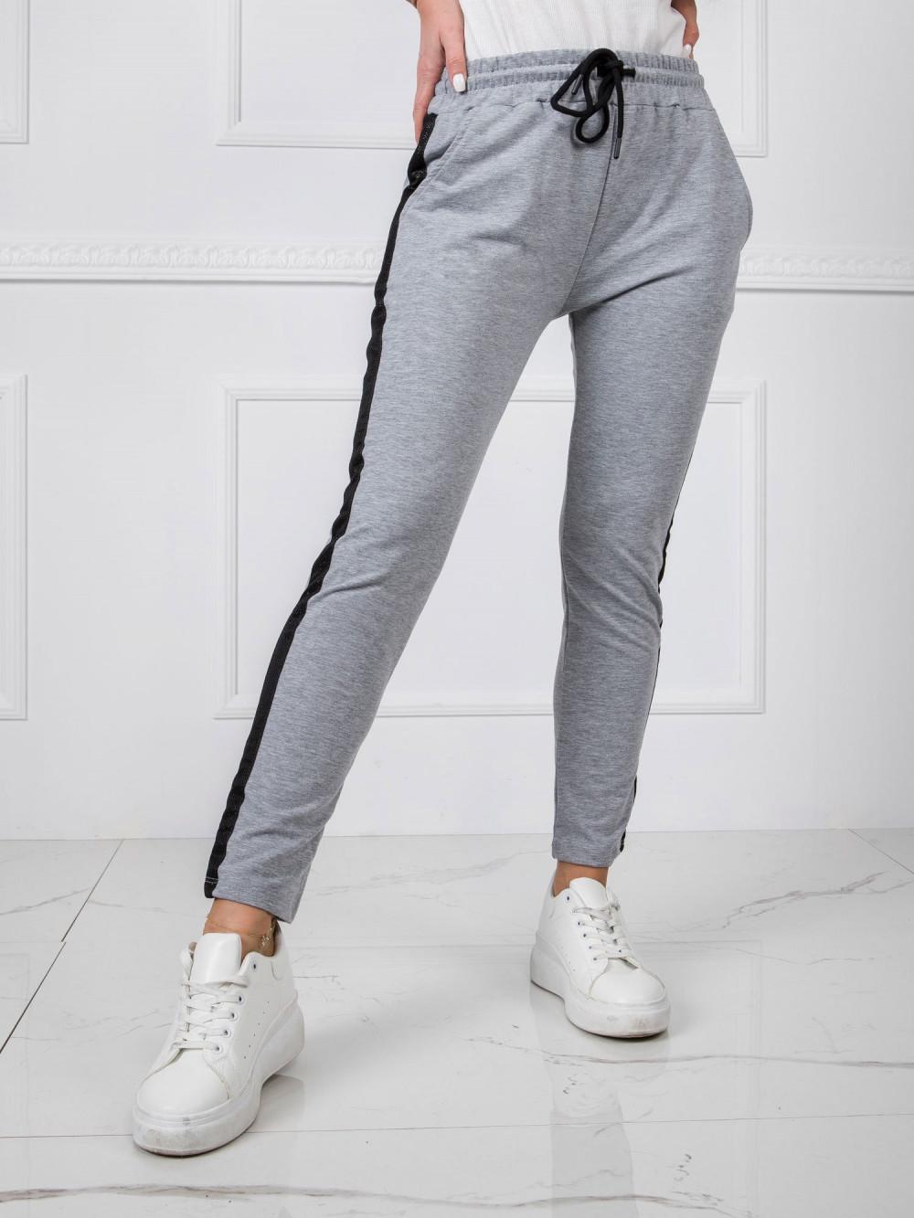 Szare dresowe spodnie z lampasami Nikki 2
