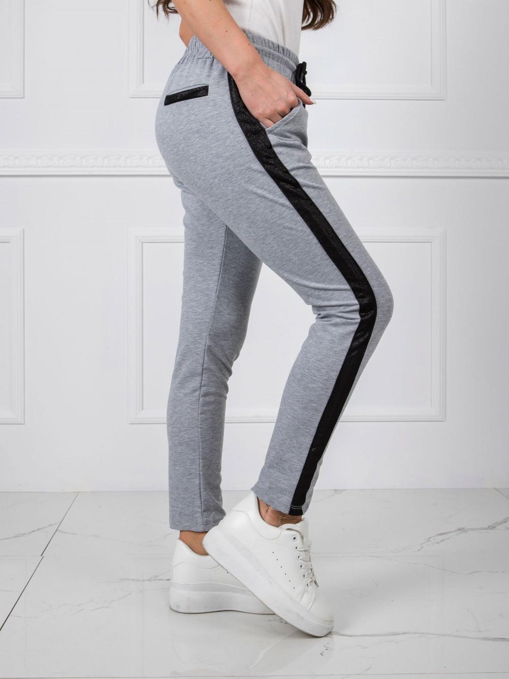 Szare dresowe spodnie z lampasami Nikki 4