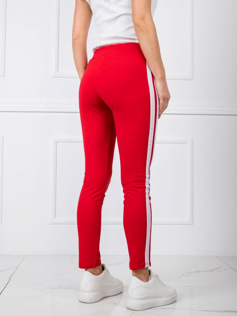 Czerwone spodnie dresowe z lampasami Iris 4