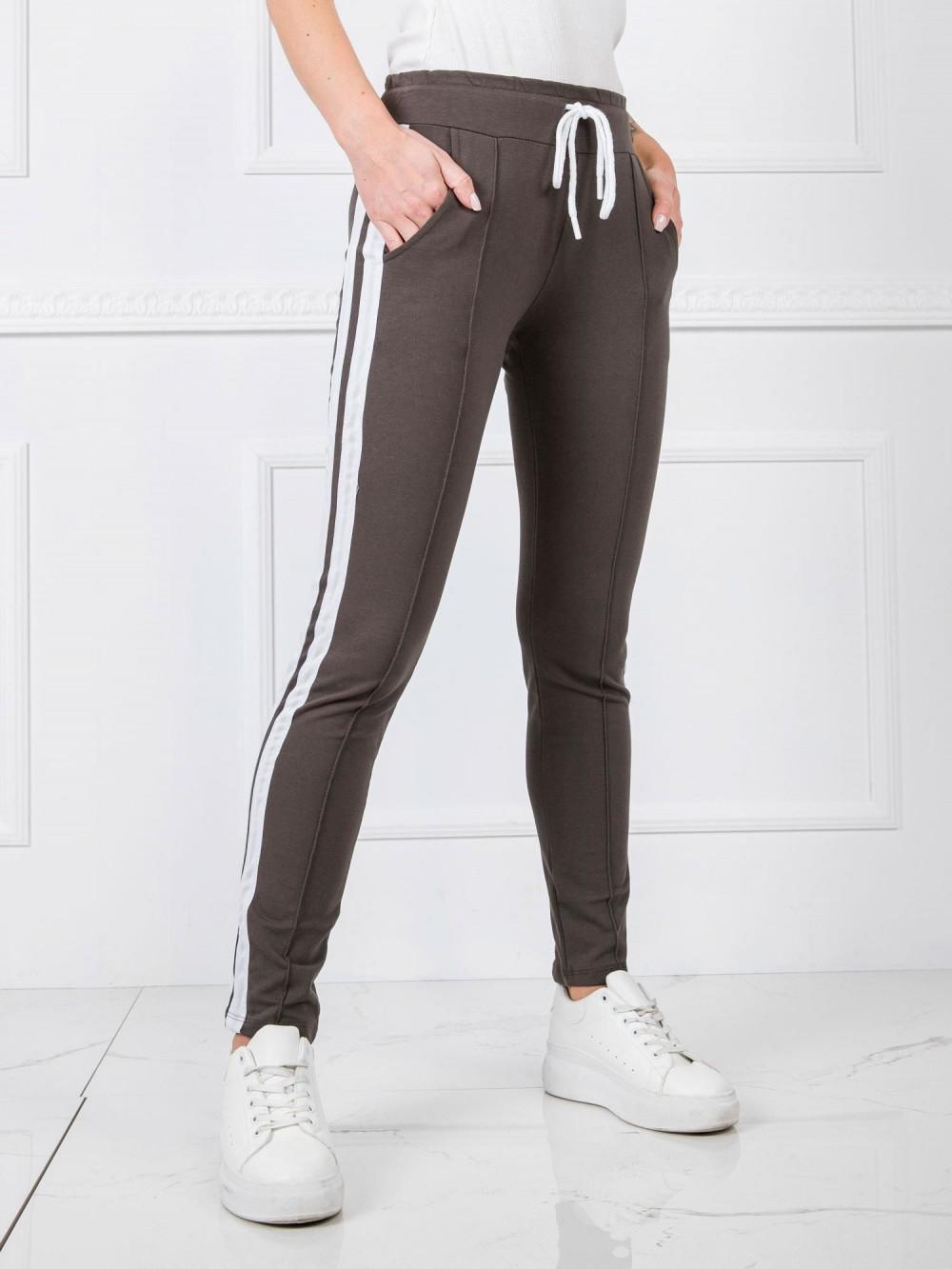 Khaki spodnie dresowe z lampasami Iris 3