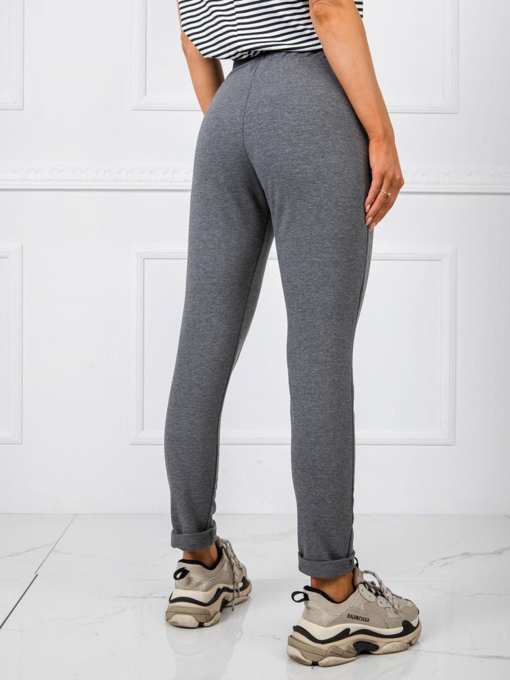 Ciemnoszare dresowe spodnie z kieszeniami Davo 3
