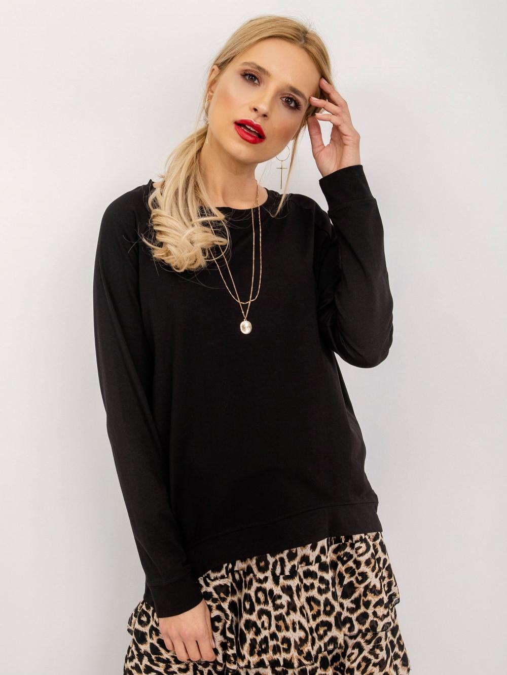 Czarna klasyczna bluza Denma 1