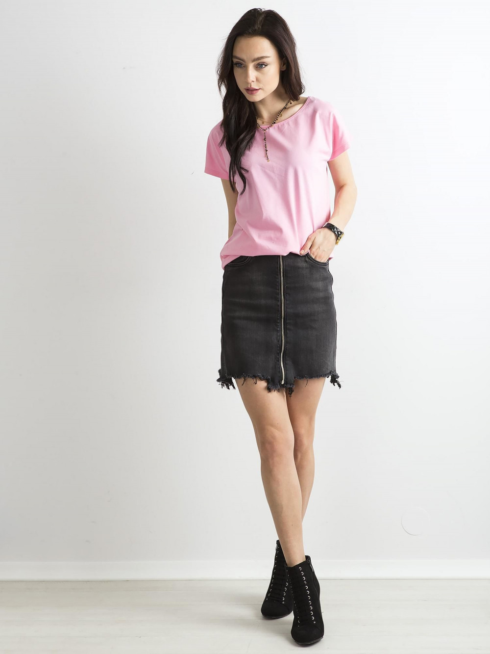 Różowy t-shirt basic Rough 3
