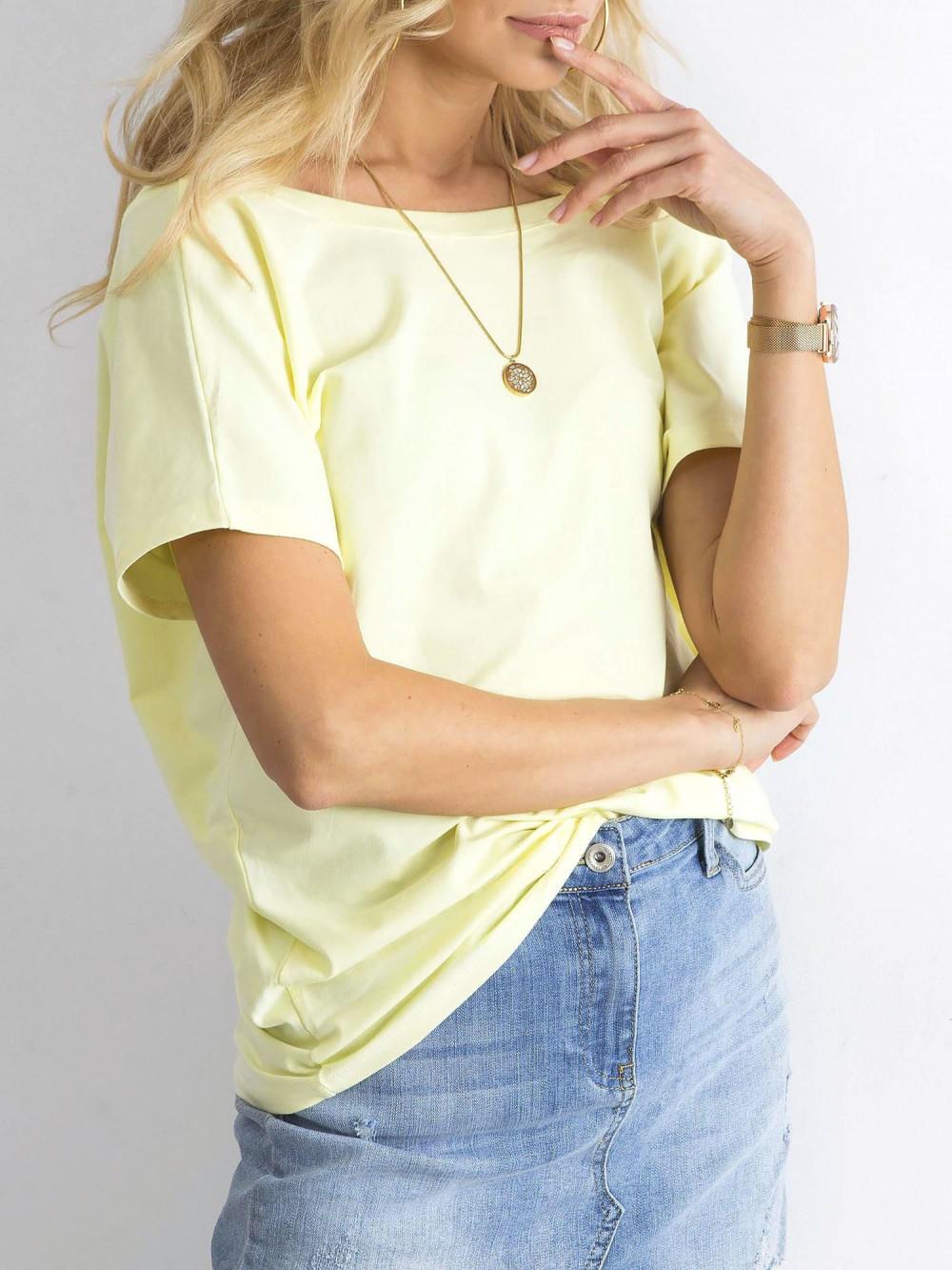 Pastelowo żółty t-shirt z wycięciem V na plecach Sharon 4