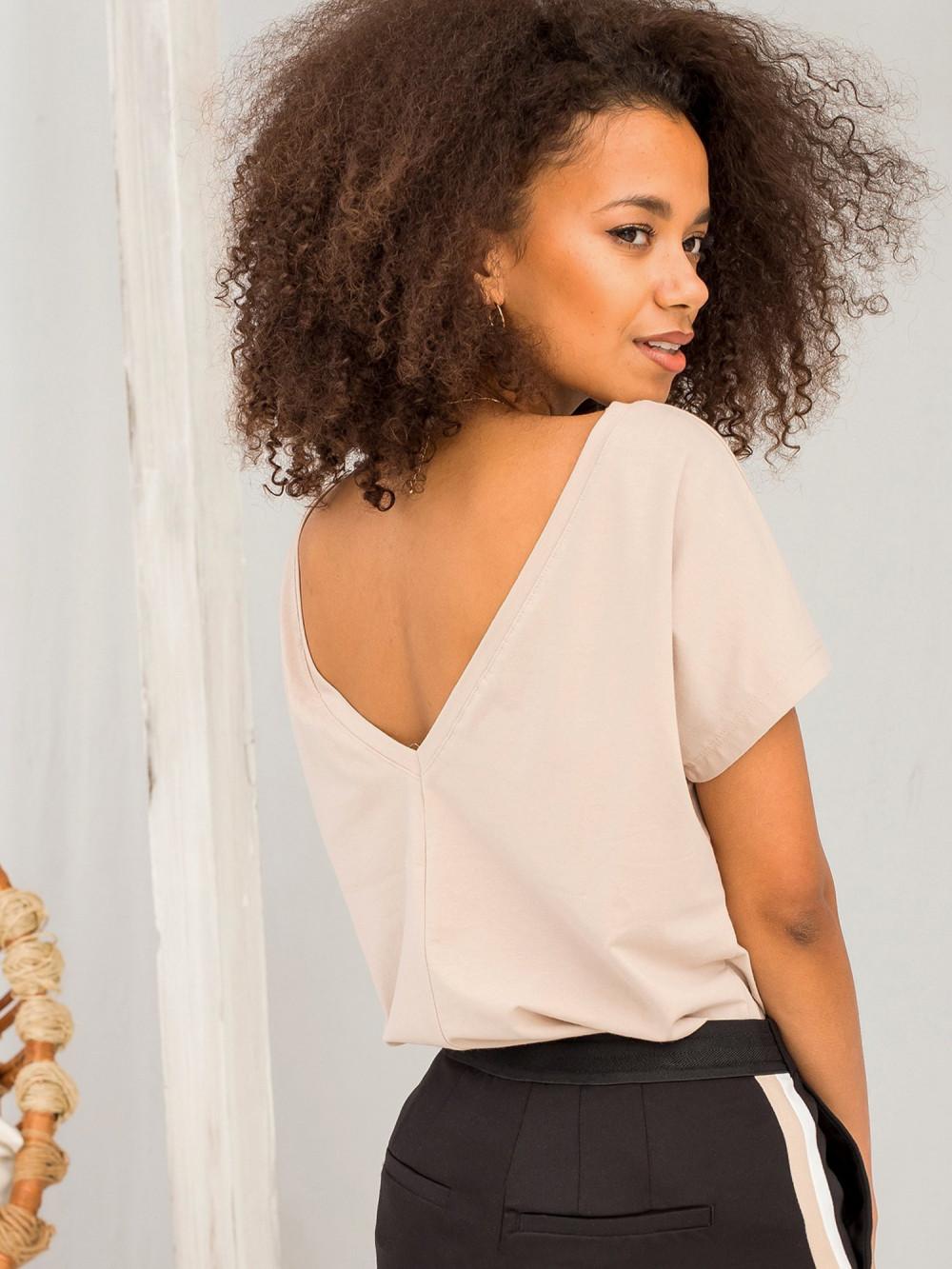 Beżowy t-shirt z wycięciem V na plecach Sharon 1