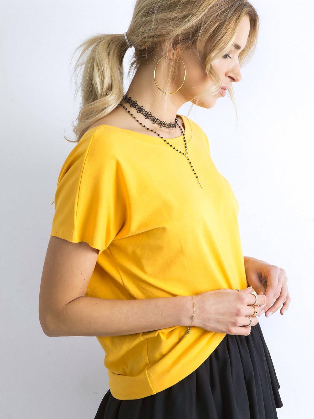 Ciemnożółty t-shirt z wycięciem V na plecach Sharon 5