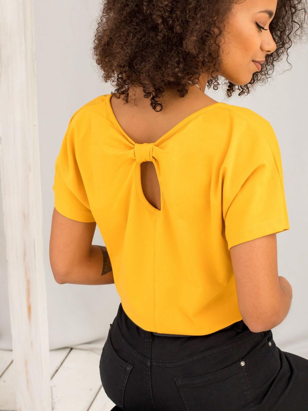 Jasnopomarańczowy t-shirt z wycięciem na plecach Sofie 1
