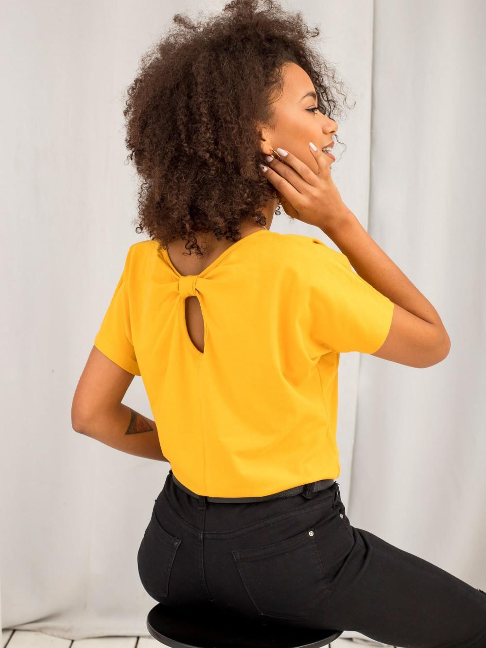 Jasnopomarańczowy t-shirt z wycięciem na plecach Sofie 6
